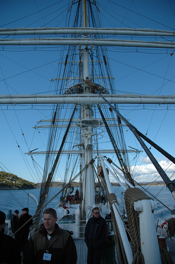 Statsraad Lehmkuhl, sailing ship