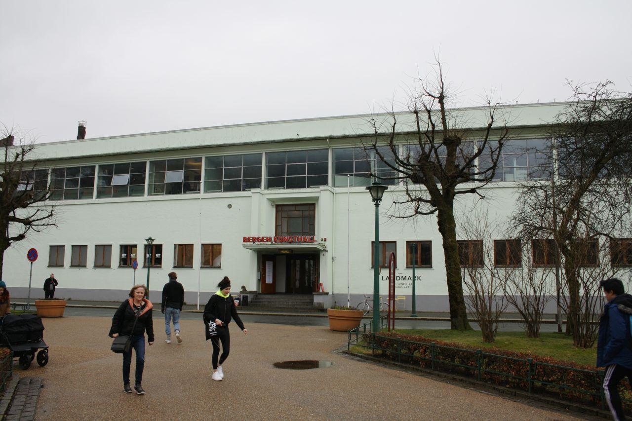 Kode building