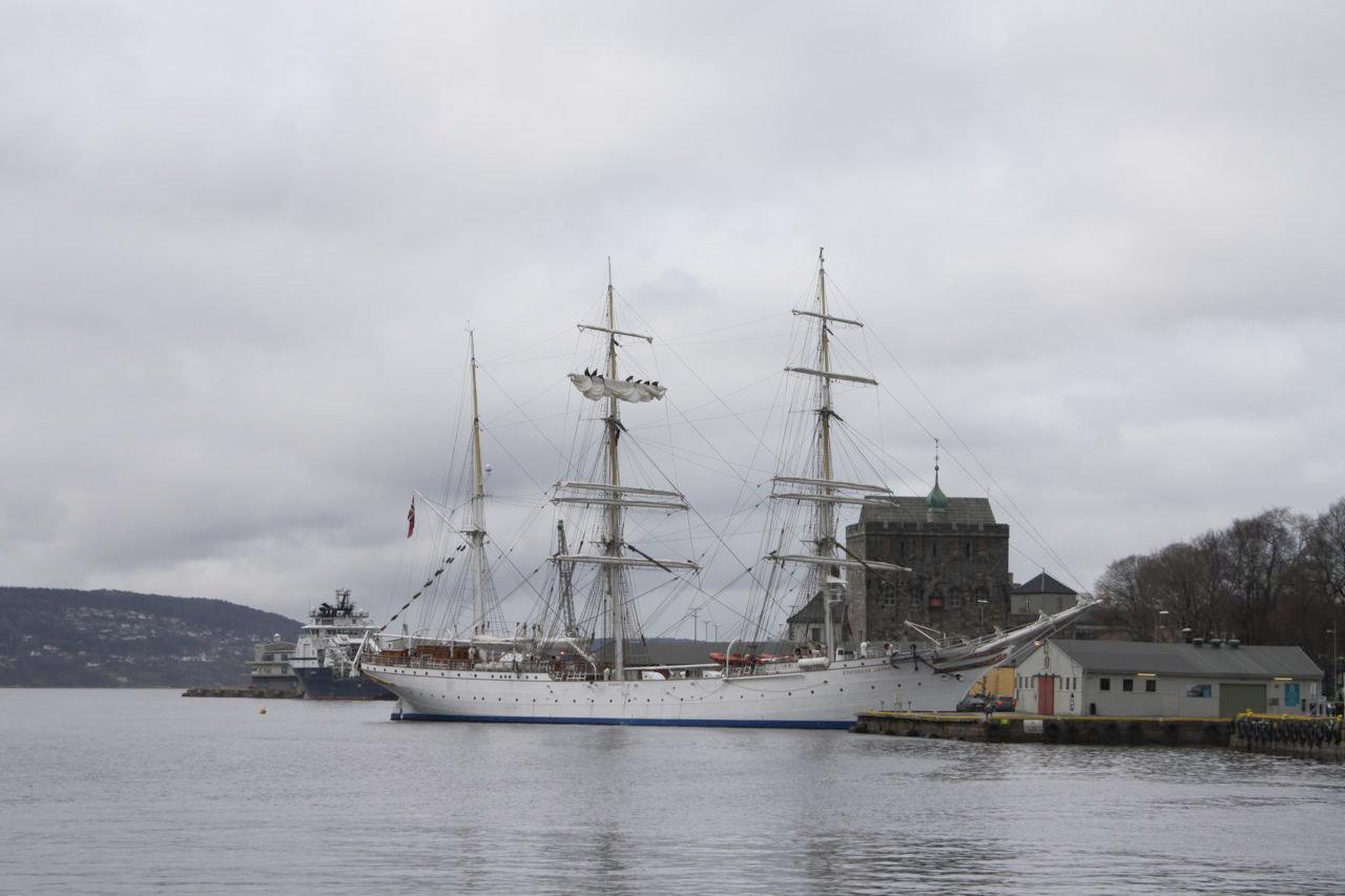 Statsraad Lehmkuhl, Bergen's sailing ship